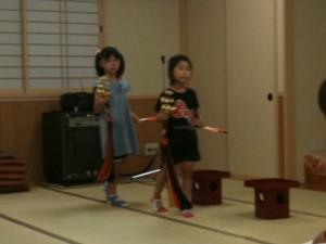 稚児舞の練習